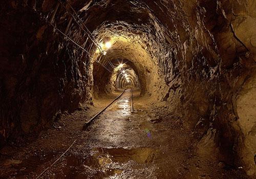paris-catacomb-life and lesson
