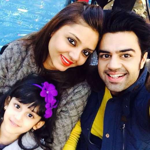 Manish Paul with family