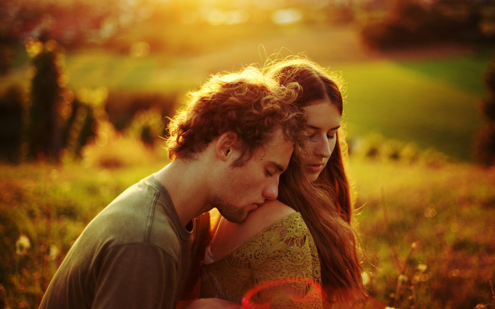 couple-love-shoulder-field-sunshine-photography-orange-happiness