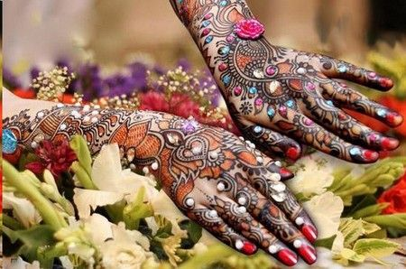 35 Outstanding Bridal Mehendi Designs For Your Wedding Day