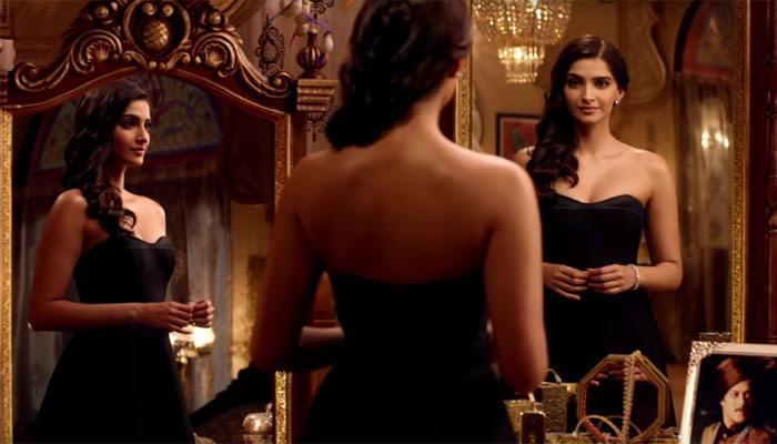 sonam-kapoor-black-dress