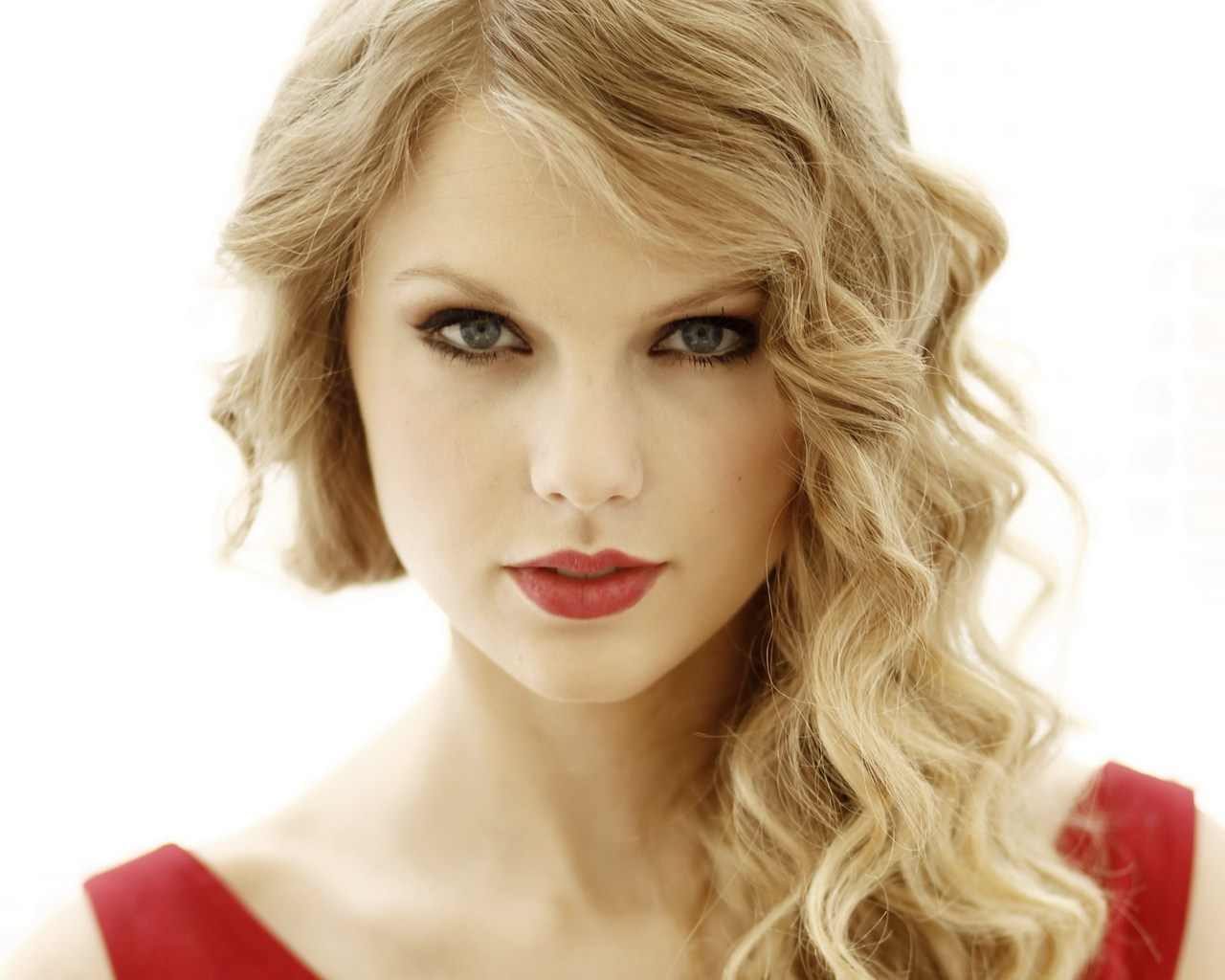 taylor swift height weight age biography affairs