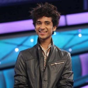 Raghav-Juyal-Smiling