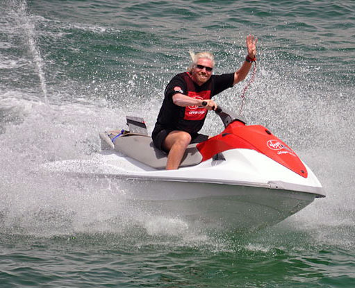 richard-branson-boat