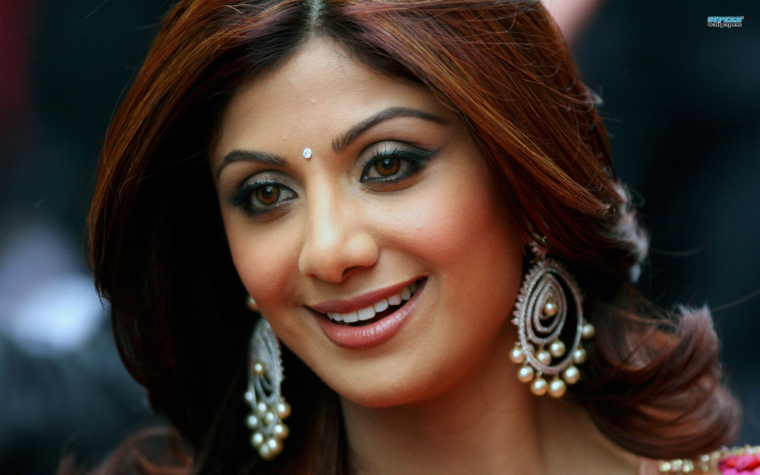 Bollywood Fashion N Beauty: Shilpa Shetty Height, Weight, Age, Affairs, Bio & More