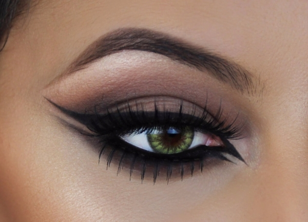 eye 1