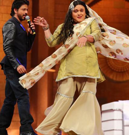 Shahrukh Khan and Asgar Ali at The Kapil Sharma Show. The show will premier on Sony.