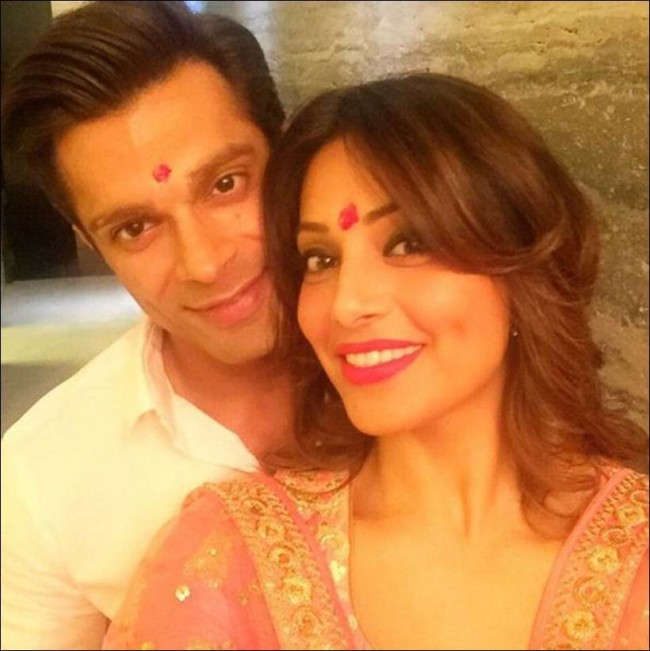 2bipasha-karan-diwali-parents-e1460017543886