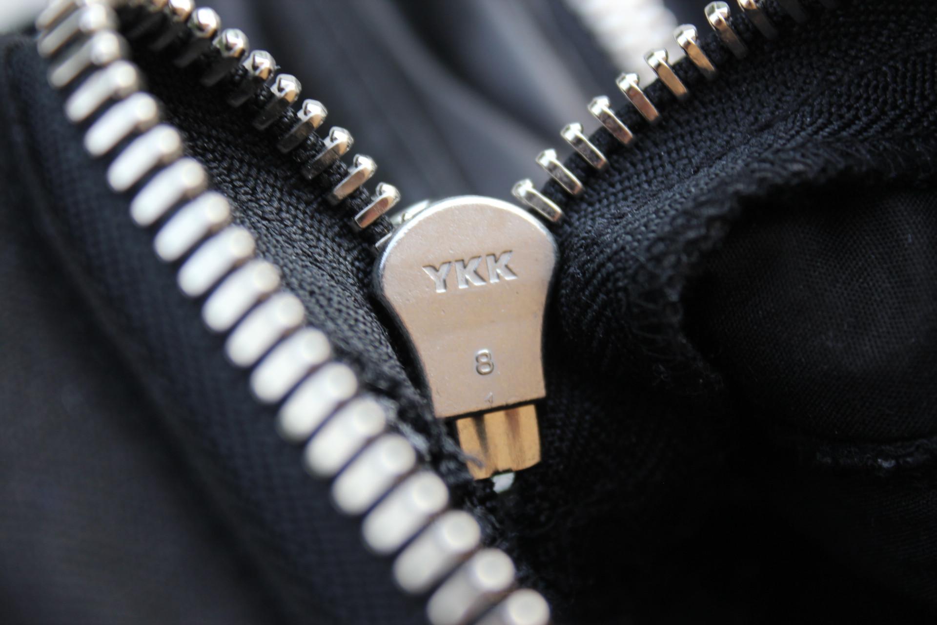zipper 3
