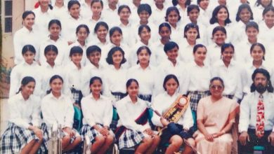 Photo of Can You Spot Deepika Padukone In This Old Class Photograph Of Hers From School?
