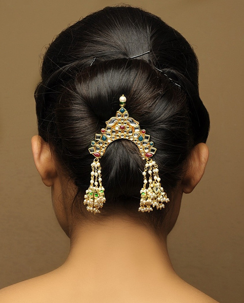 Most Gorgeous And Lovely Indain Bridal Hairstyles