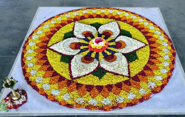 flower-rangoli-14