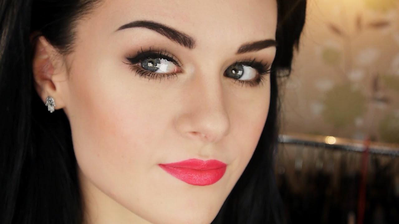How to Grow Thick Eyebrows Naturally - Life 'N' Lesson