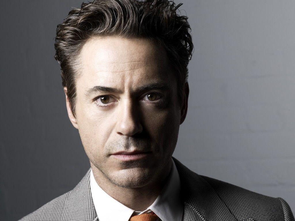 Robert Downey Jr. Heig...