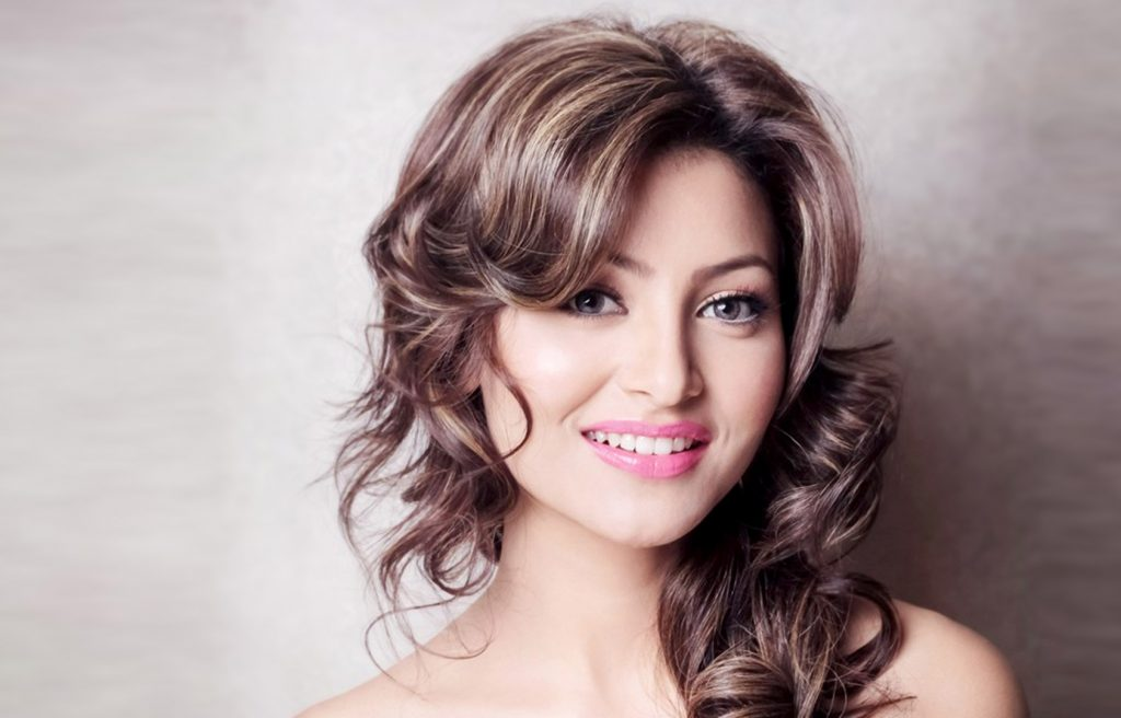 Urvashi Rautela Height The gallery for...