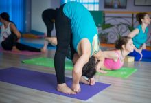 Photo of How To Do The Big Toe Pose And What Are Its Benefits: Padangusthasana