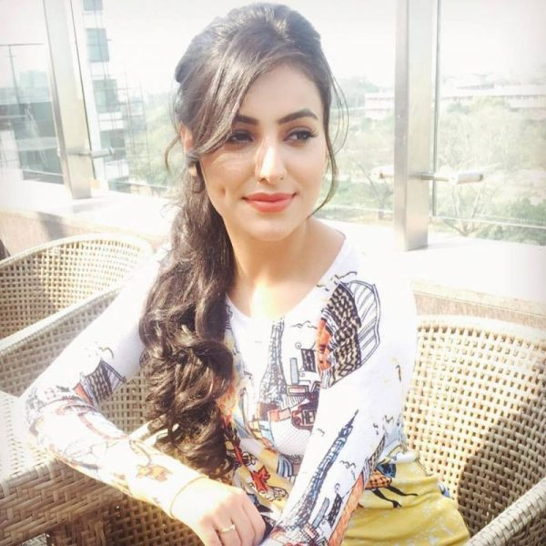 ginni kapoor model height weight age affairs