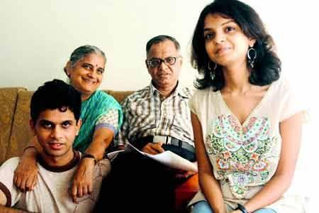 Narayana Murthy with family
